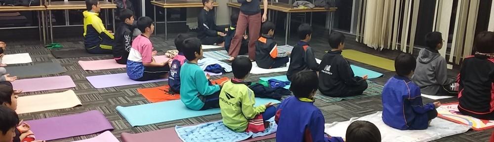 親子ヨガ教室